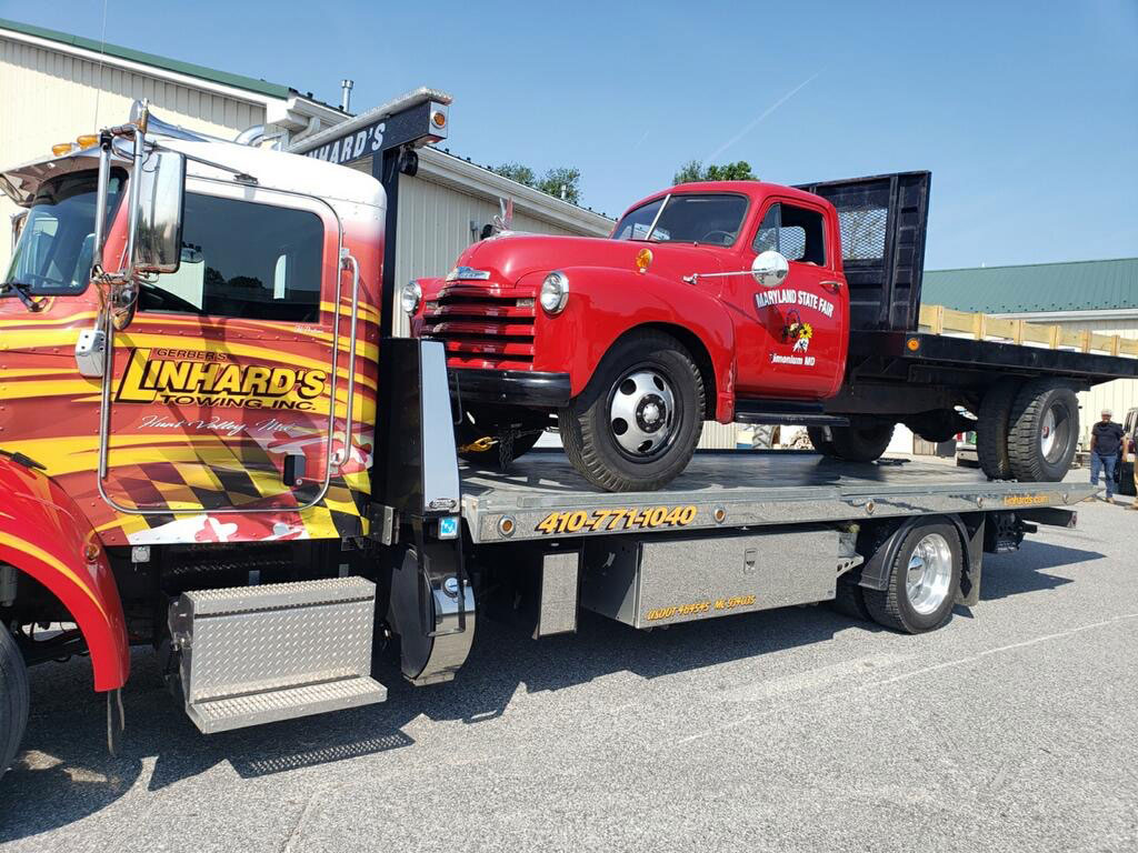 Linhard's 24/7 Towing in Monkton